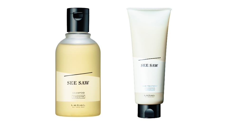 SMOOTH 左から、SEE/SAW ヘア&スキャルプシャンプーS、SEE/SAW ヘアトリートメントS